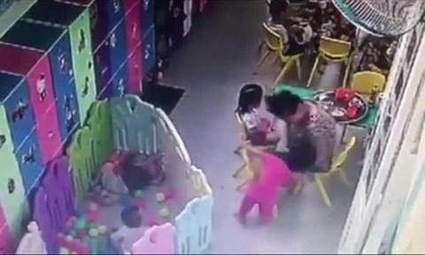 Vụ bé gái mầm non bị cô giáo tát ngã dúi dụi: Gia đình lên tiếng - Ảnh 1