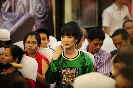 Nhan sắc không tuổi và cuộc sống giàu sang của Hoa hậu đền Hùng Giáng My - Ảnh 5