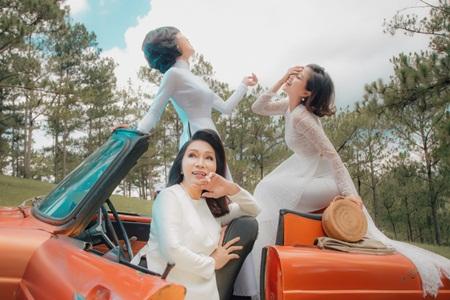 """NSND Bạch Tuyết, MC Trác Thuý Miêu, Liêu Hà Trinh làm """"nàng thơ"""" áo dài - Ảnh 5"""