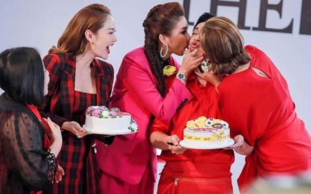The Face 2018: Thanh Hằng - Võ Hoàng Yến hôn má mừng sinh nhật Nam Trung tại trường quay - Ảnh 4