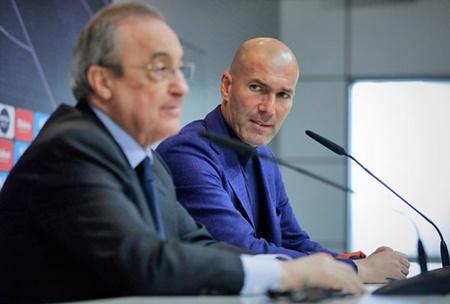 """Zidane sắp ký hợp đồng với Juventus, tái ngộ với """"trò cưng"""" Ronaldo - Ảnh 1"""