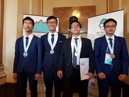 Đoàn Olympic Hóa học Việt Nam dành 4 huy chương quốc tế - Ảnh 1
