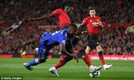 Pogba tỏa sáng, Man Utd thắng Leicester 2-1 trong ngày khai mạc Ngoại hạng Anh - Ảnh 1