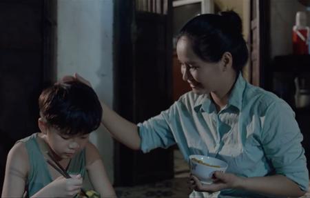 Video: Quán quân Thần tượng Bolero 2018 Duy Cường ra MV đầu tay tặng mẹ dịp lễ Vu Lan - Ảnh 3