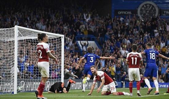 Kết quả ngoại hạng Anh Chelsea 3 - 2 Arsenal: The Blues tạm giữ ngôi đầu - Ảnh 1