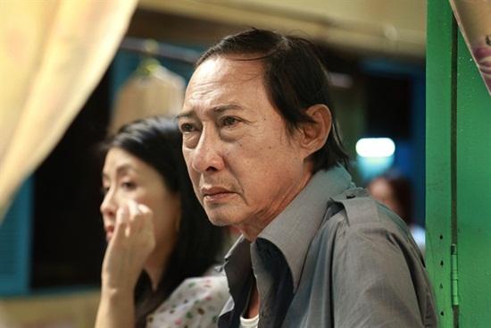 Sao Việt chung tay kêu gọi hỗ trợ nghệ sĩ Lê Bình điều trị ung thư phổi - Ảnh 1