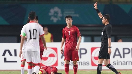 Thua Olympic Việt Nam, HLV Bahrain trách trọng tài Trung Quốc - Ảnh 1