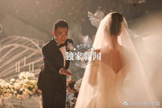 Trương Hinh Dư hé lộ ảnh cưới đẹp như phim ngôn tình với chồng quân nhân - Ảnh 7