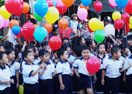 Hơn 22 triệu học sinh bước vào năm học mới, nhiều trường khắc phục lũ ngày khai giảng - Ảnh 1