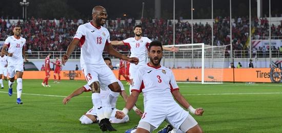 Asian Cup 2019: Xác định 10 đội vào vòng 1/8 sau 2 lượt trận - Ảnh 1