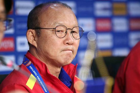 """HLV Park Hang-seo dự đoán lối chơi Jordan, ra """"tối hậu thư"""" cho các học trò - Ảnh 1"""