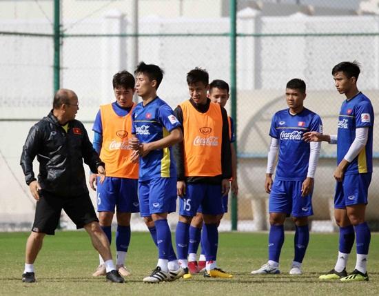 HLV Park Hang-seo khẳng định mục tiêu vượt vòng bảng Asian Cup 2019 - Ảnh 1