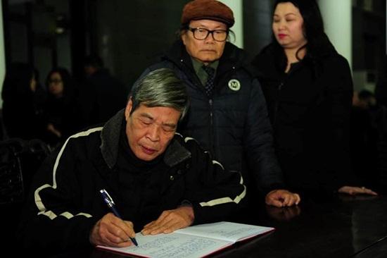 Người thân, đồng nghiệp ngậm ngùi tiễn biệt nhà thơ - nhạc sĩ Nguyễn Trọng Tạo - Ảnh 7