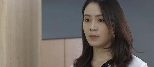 Hoa hồng trên ngực trái tập 19: Bà Kim hé lộ bí mật động trời về con dâu, Khuê có bầu sau khi ly hôn - Ảnh 4
