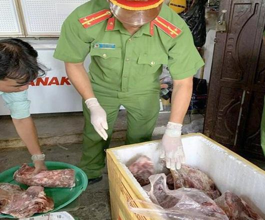Ớn lạnh công nghệ chế biến thịt heo nái thối thành... thịt bò tươi - Ảnh 1