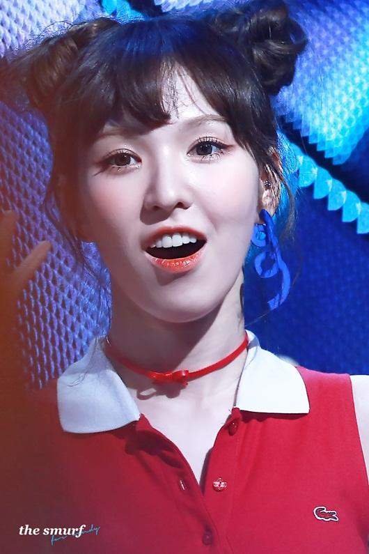 Nữ idol Kpop biến hóa xinh đẹp, dễ thương hết nấc với tóc búi Na Tra - Ảnh 2