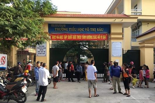 Quảng Ninh: Hàng loạt học sinh tiểu học đau bụng, buồn nôn sau bữa ăn trưa ở trường - Ảnh 1