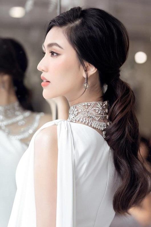 """Loạt hình ảnh giúp Lan Khuê được ca ngợi là """"bà bầu đẹp nhất showbiz Việt"""" - Ảnh 4"""
