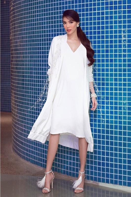"""Loạt hình ảnh giúp Lan Khuê được ca ngợi là """"bà bầu đẹp nhất showbiz Việt"""" - Ảnh 3"""