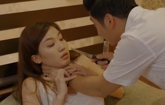 Hoa hồng trên ngực trái tập 25: Dung lật mặt khi Thái sắp thân bại danh liệt, mất cả căn nhà cuối cùng - Ảnh 1