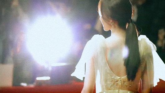"""Nhan sắc cực phẩm khiến """"nữ thần"""" Yoona chiếm spotlight thảm đỏ LHP Busan - Ảnh 6"""