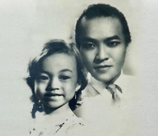 Danh ca Hương Lan chia sẻ ảnh hiếm thuở nhỏ chụp cùng cố nghệ sĩ Thanh Nga - Ảnh 2