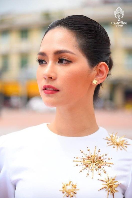 Nhan sắc ngọt ngào và đường cong mê người của tân Hoa hậu Quốc tế người Thái Lan - Ảnh 6