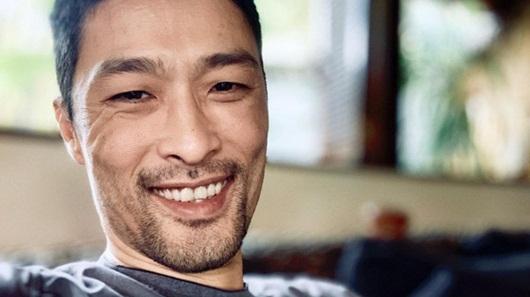 Johnny Trí Nguyễn bất ngờ lấy lại phong độ sau thời gian già nua, xuống sắc - Ảnh 1
