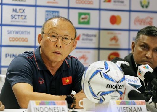 U22 Việt Nam thắng 6-0 ngày ra quân, thầy Park vẫn chưa muốn ăn mừng - Ảnh 1