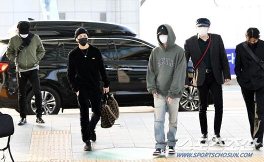 Sao Hàn mặc đồ đen, mặt buồn khi ra sân bay sang Việt Nam dự AAA 2019 - Ảnh 6