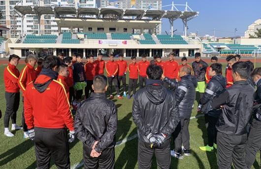 Tin tức thể thao mới nóng nhất ngày 19/12/2019: Văn Hậu nói về việc thẻ vàng trong trận ra mắt Heerenveen - Ảnh 3