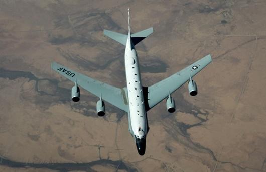 """Mỹ điều 4 máy bay do thám vì lo ngại """"quà Giáng sinh"""" của Triều Tiên? - Ảnh 1"""
