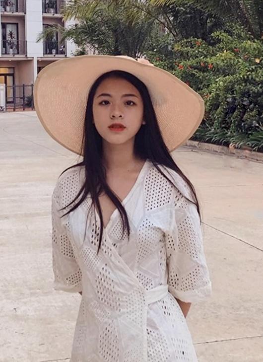 """Con gái NSƯT Chiều Xuân """"dậy thì thành công"""" hóa nàng thơ xinh đẹp, đầy cuốn hút - Ảnh 3"""