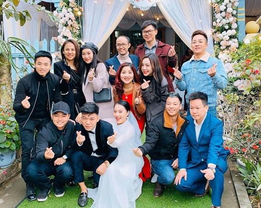 Diễn viên hài Trung Ruồi làm đám cưới sau 3 năm hẹn hò - Ảnh 2