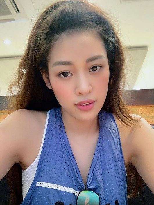 Ảnh đời thường từ dễ thương đến nóng bỏng hút mắt của tân Hoa hậu Hoàn vũ Khánh Vân - Ảnh 4