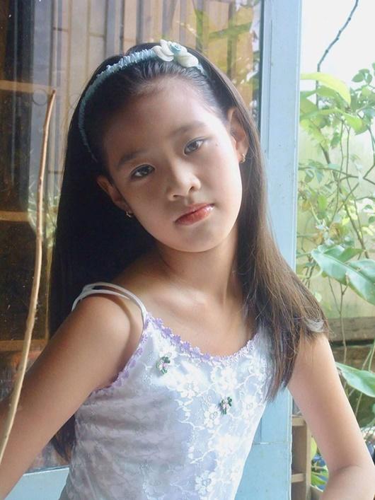 """Ảnh hiếm thời đi học của tân Hoa hậu Hoàn vũ Khánh Vân """"đốn tim"""" người hâm mộ - Ảnh 2"""
