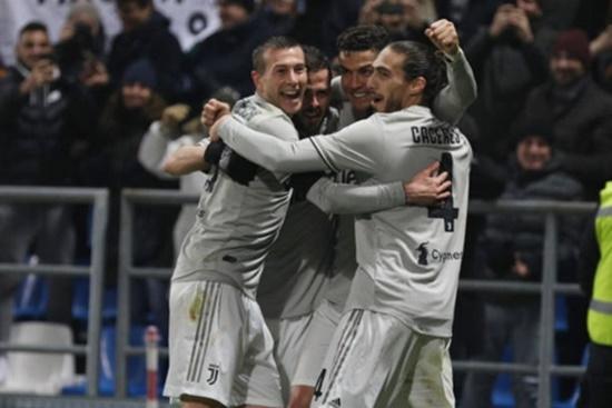 Ronaldo tỏa sáng giúp Juvetus chiếm lợi thế lớn trong cuộc đua vô địch - Ảnh 2