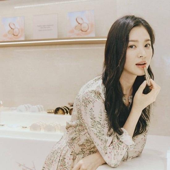 Đẳng cấp nhan sắc khiến Song Hye Kyo xứng danh mỹ nhân hàng đầu Kbiz - Ảnh 4