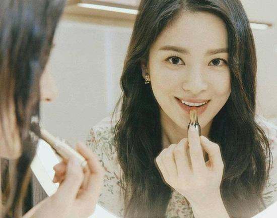 Đẳng cấp nhan sắc khiến Song Hye Kyo xứng danh mỹ nhân hàng đầu Kbiz - Ảnh 5