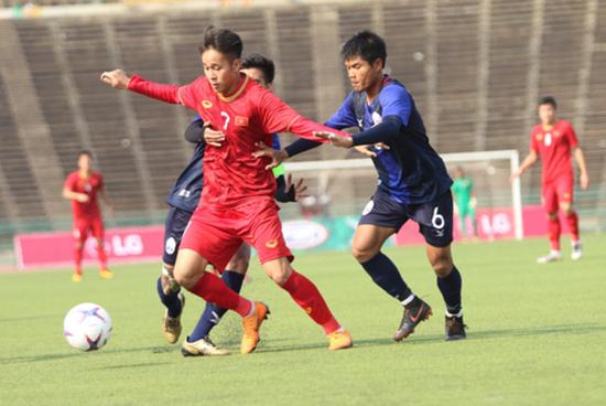 U22 Việt Nam đánh bại chủ nhà Campuchia, giành hạng 3 Đông Nam Á - Ảnh 1