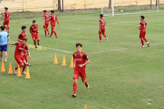 Đội phó U23 Việt Nam bất ngờ vì được lên chức, đánh giá cao Thái Lan - Ảnh 1