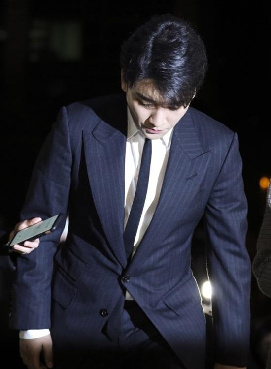 Seungri tuyên bố giải nghệ: Cái giá phải trả cho cách tuyển người của Chủ tịch YG? - Ảnh 1