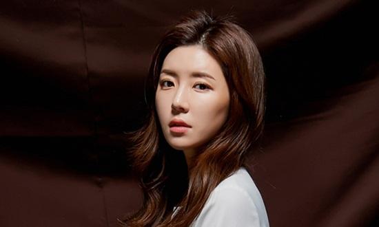 Người đẹp xứ Hàn Park Han Byul xin lỗi vì chồng liên quan bê bối mại dâm của Seungri - Ảnh 2