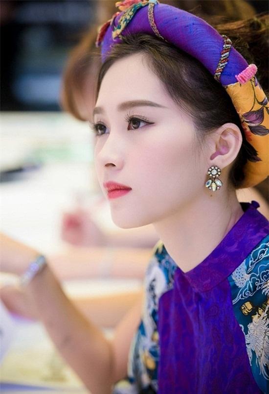 """Hình ảnh mới nhất thể hiện """"nhan sắc mặn mà"""" của hoa hậu Đặng Thu Thảo - Ảnh 5"""