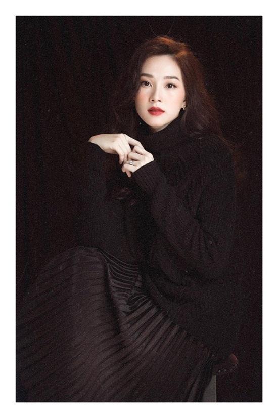 """Hình ảnh mới nhất thể hiện """"nhan sắc mặn mà"""" của hoa hậu Đặng Thu Thảo - Ảnh 2"""