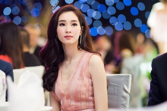 """Hình ảnh mới nhất thể hiện """"nhan sắc mặn mà"""" của hoa hậu Đặng Thu Thảo - Ảnh 7"""