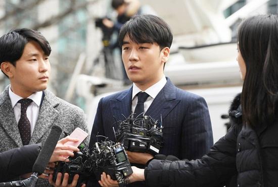"""Seungri phủ nhận mọi cáo buộc: """"Chỉ là tôi thích ba hoa"""" - Ảnh 1"""