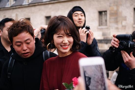 Ảnh sự kiện đẹp như chụp họa báo, Park Shin Hye đang ở đỉnh cao nhan sắc - Ảnh 5