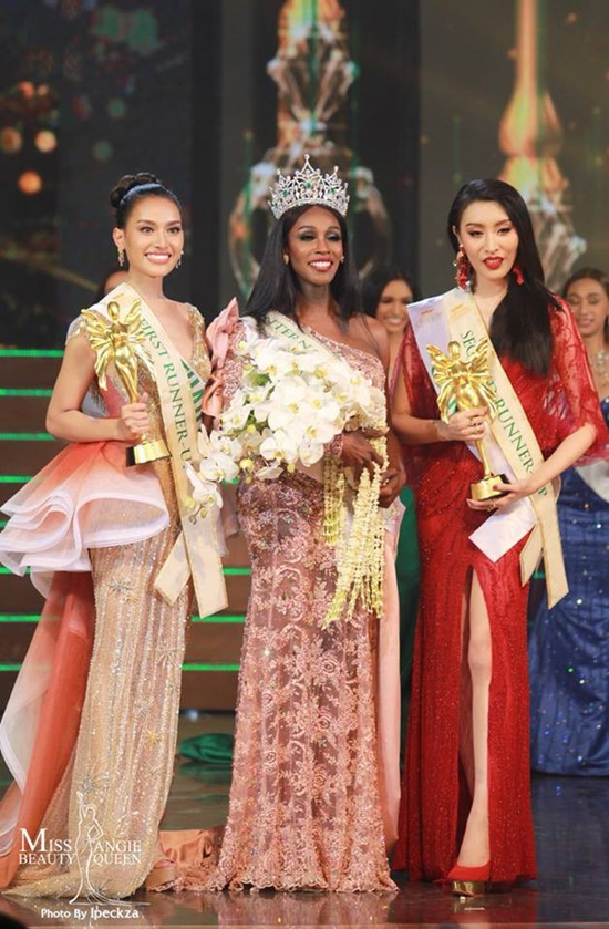 Người đẹp Mỹ đăng quang Hoa hậu Chuyển giới 2019 trong tranh cãi - Ảnh 1