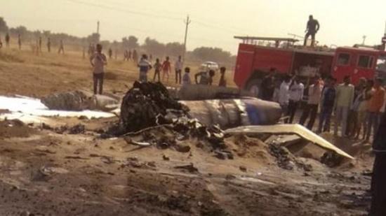 Tiêm kích MiG-21 của Ấn Độ rơi gần biên giới Pakistan vì lý do bất ngờ - Ảnh 1